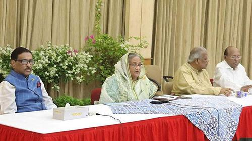 PM calls media to cover Bhola incident carefully