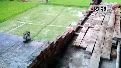 নিম্নমানের উপকরণ, সকালের নির্মিত দেয়াল সন্ধ্যায় ধস