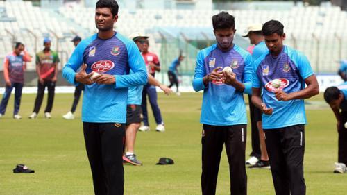 বাংলাদেশ-আফগান টি-টুয়েন্টি রোমাঞ্চের সঙ্গে ইউরোপিয়ান ফুটবল