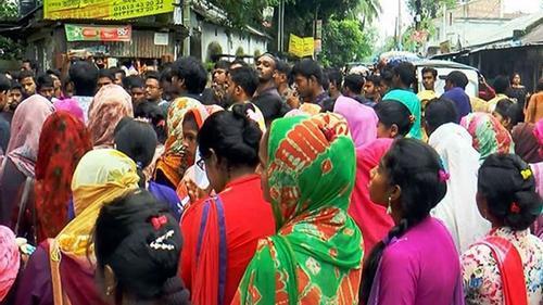 গাইবান্ধা সরকারি কলেজের প্রশাসনিক ভবনে শিক্ষার্থীদের তালা