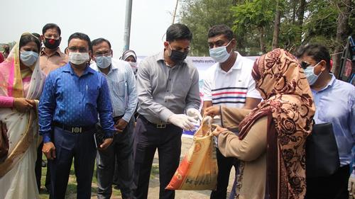 পটুয়াখালীতে ১০ টাকা কেজির চাল কিনবে ১ লাখ ১৮ হাজার পরিবার