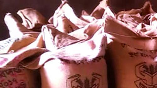 মুক্তাগাছায় চাল চুরির দায়ে জেল-জরিমানা-মামলা