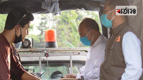 দিনাজপুরে সরকারি চাল-আটাসহ ইউপি চেয়ারম্যান আটক