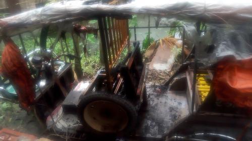 অটোরিকশার ব্যাটারি বিস্ফোরিত হয়ে চালক নিহত