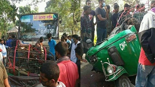 Seven killed in a road crash in Manikganj