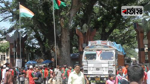 ভারতীয় ট্রাক চালকদের স্বাস্থ্য পরীক্ষার ব্যবস্থা নেই বেনাপোলে