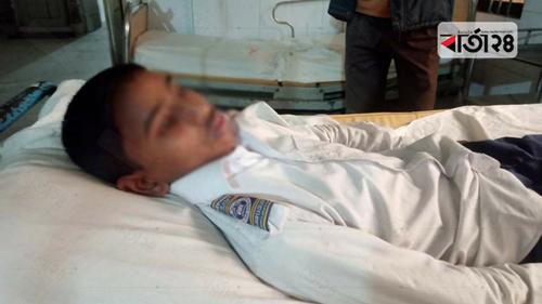 লালমনিরহাটে শিক্ষিকার মারধরে আহত ছাত্র হাসপাতালে
