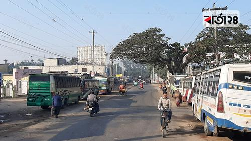 মৌলভীবাজারে চলছে পরিবহন ধর্মঘট, যাত্রীদের ভোগান্তি