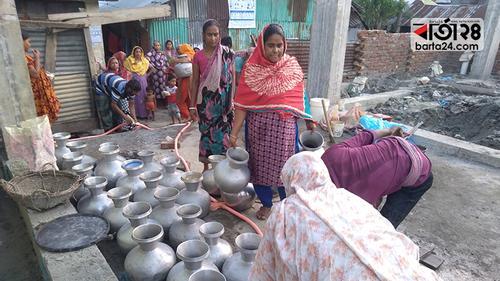 পটুয়াখালী পৌরশহরে খাবার পানির জন্য হাহাকার