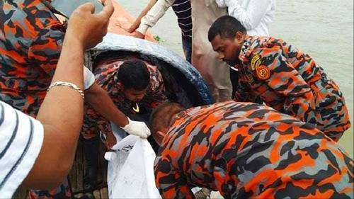 কুমিল্লায় নৌকাডুবি: নিখোঁজ দুই যুবকের মরদেহ উদ্ধার
