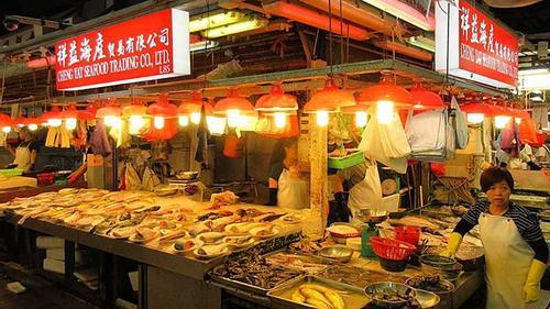 চীনের কাঁচাবাজারে আবারও সংক্রমণ, যুদ্ধকালীন জরুরি অবস্থা ঘোষণা