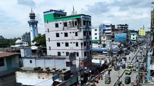 করোনাকালে হাজীগঞ্জ বাজার ব্যবসায়ীদের শত কোটি টাকার ক্ষতি