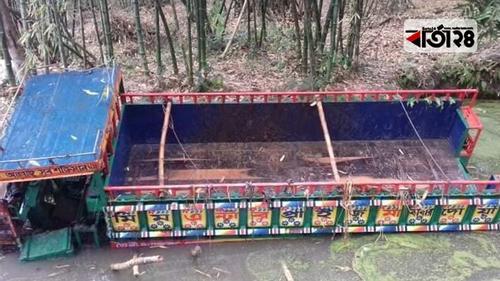 কুষ্টিয়ায় নসিমন উল্টে গরু ব্যবসায়ী নিহত