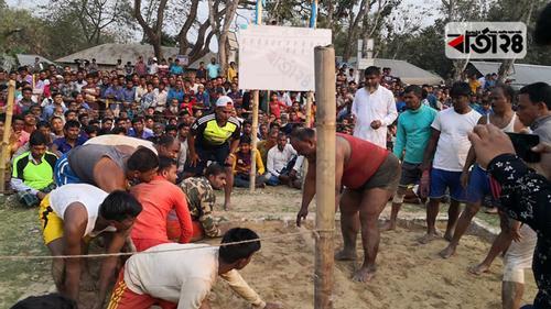 নাটোরে ঐতিহ্যবাহী হাডুডু খেলা অনুষ্ঠিত