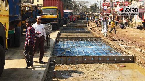 কুমিল্লা-সিলেট মহাসড়ক এখন 'মহাদুর্ভোগ'