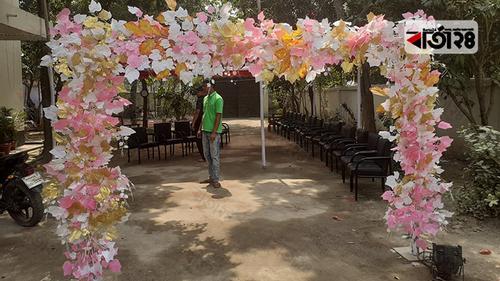 করোনা: ঘটা করে সিভিল সার্জনের মেয়ের বিয়ে