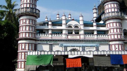 করোনা মোকাবিলায় মিয়ানমারে মসজিদ ব্যবহারের আহ্বান