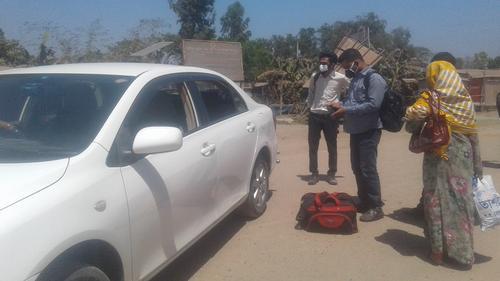 গণপরিবহন বন্ধ: ঢাকা-আরিচা মহাসড়কে ৭০ টাকার ভাড়া ৯০০ টাকা!