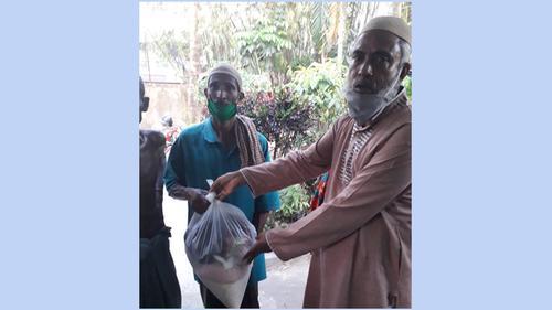 দুস্থ মানুষের পাশে 'প্রবাসী পল্লী গ্রুপ'