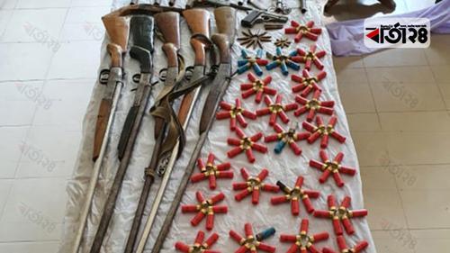 টেকনাফে বন্দুকযুদ্ধে ৩ ডাকাত নিহত, আহত ৫ পুলিশ
