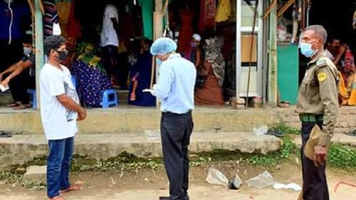 মানিকগঞ্জে কাপড়ের মার্কেট খোলা, লক্ষাধিক টাকা জরিমানা