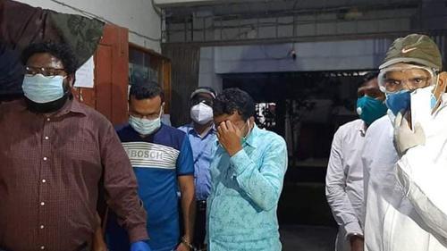 বগুড়ায় আটক গুদাম কর্মকর্তাসহ ৩ জনকে দুদকে হস্তান্তর