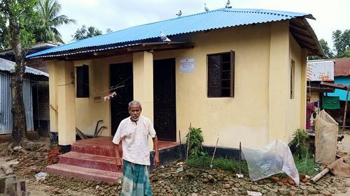 'ইটের ঘর পাব তা স্বপ্নেও ভাবিনি'