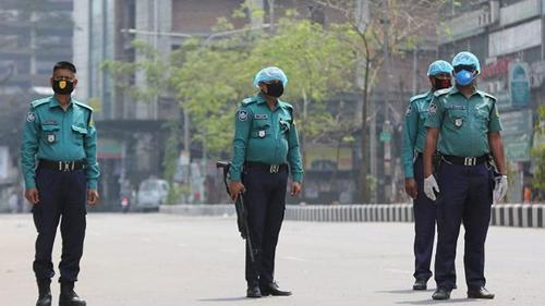 17000 cops infected by Covid-19 while 74 died