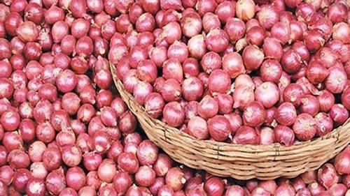 চাঁপাইনবাবগঞ্জে কেজিতে ৩০ টাকা পর্যন্ত বেড়েছে পেঁয়াজের দাম