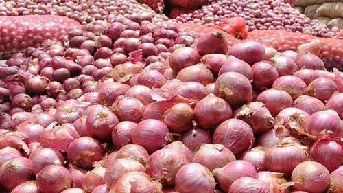 Govt. withdraws 5 percent import duty on onions