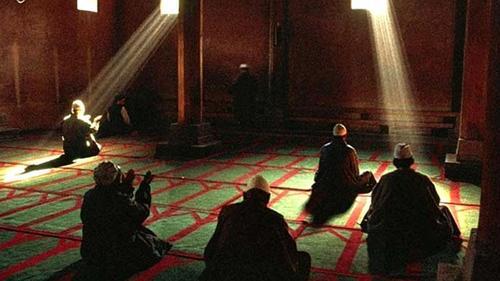 তোমার রহমতের চাদরে আমায় আবৃত করে নাও