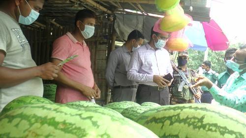 রাজশাহীতে কেজিদরে তরমুজ বিক্রি করলে ব্যবস্থা নিবেপ্রশাসন