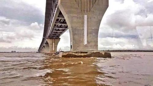 Padma Bridge damaged pillar viral picture is fake: Authority