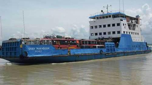 Ferries being covered by rubber to manage collision with Padma bridge pillar