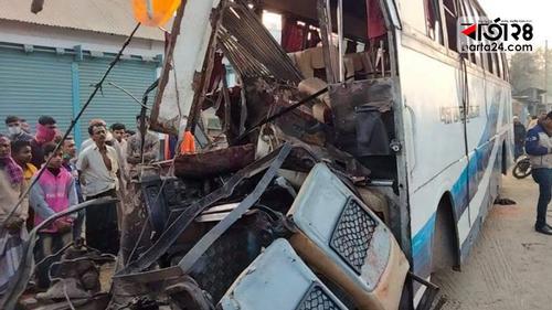 Six killed in bus-truck head on collision in Bogura