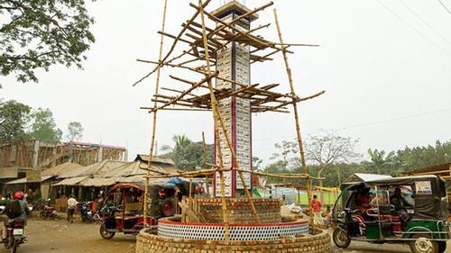 রংপুরে নির্মিত হচ্ছে দৃষ্টিনন্দন 'আল্লাহু স্তম্ভ'