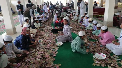 পাগলা মসজিদের দানবাক্সে এবার মিলল সোয়া দুই কোটি টাকা