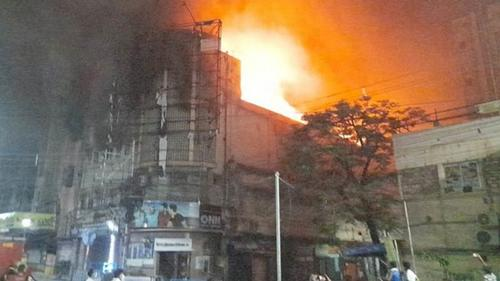 Two injured in fire at closed cinema hall in Kolkata