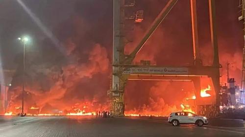 Fire breaks out in Dubai's port