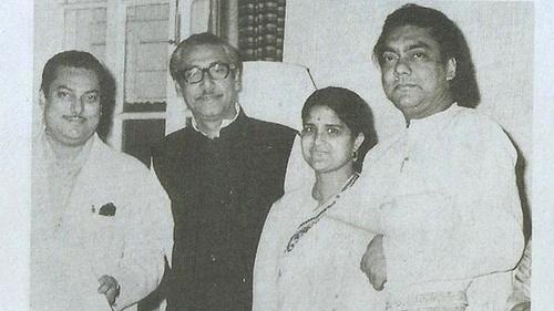 কল্যাণী কাজীর 'অন্তরঙ্গ অনিরুদ্ধ'