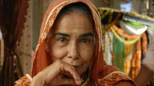 Veteran actress Surekha Sikri dies at 75