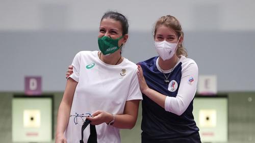 Vitalina Batsarashkina wins gold with Olympic record