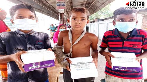 সিরাজগঞ্জে ৫শ ছিন্নমূল মানুষকে একবেলা খাবার দিচ্ছেন মিল্লাত এমপি