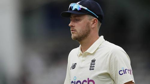 English bowler apologizes for racist and sexist Tweets