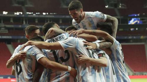 Argentina beat Uruguay in Copa America classico
