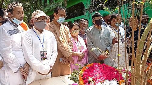 বাংলাদেশ ভারতকে শুধু দিচ্ছে, কিছুই পাচ্ছে না: মির্জা ফখরুল