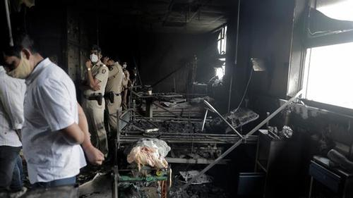 Hospital fire kills 18 Covid patients in India