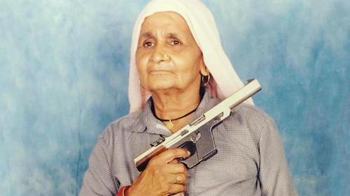 'Shooter Dadi' dies infected by Covid-19