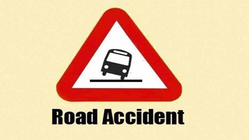 Three killed in separate road crashes in Dhaka, Sirajganj