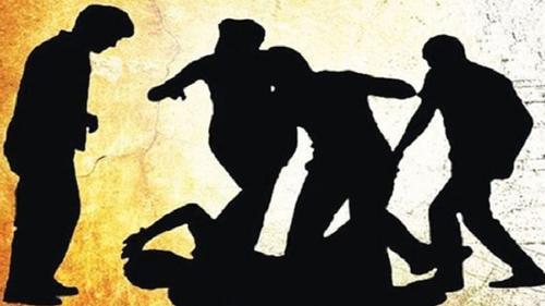 নোয়াখালীর হাতিয়াতে সরকারি ত্রাণ বিতরণকালে হামলা
